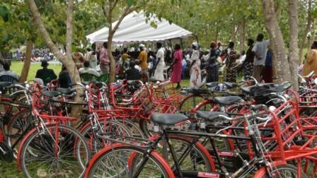 2012-08 ceremony apac bike4care uganda
