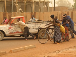 Straatbeeld Burkina Faso